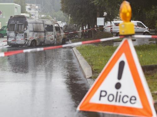 Die Polizei leitete sofort eine Grossfahndung ein. Trotzdem fehlt von den Angreifern jede Spur. (Bild: Keystone/CYRIL ZINGARO)