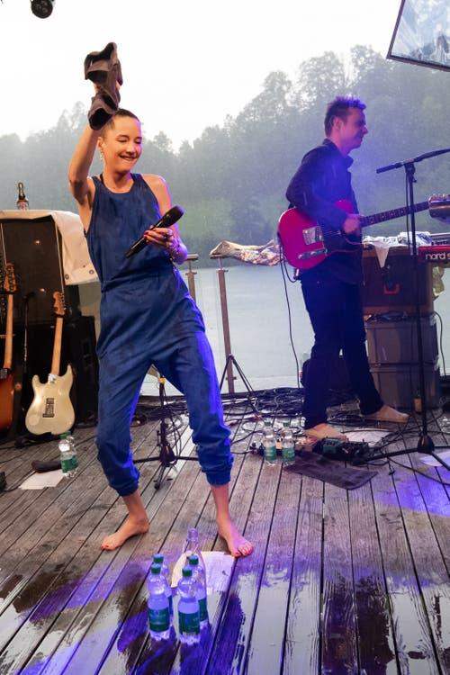 Die Frontfrau tanzte noch ein bisschen weiter. (Bild: Harald Bader, Ebikon, 19. Juni 2019)