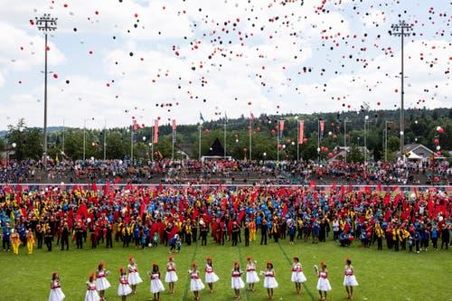 Die Schlussfeier des Eidgenössischen Turnfest 2019 in Aarau. (Bild: KEYSTONE/Alexandra Wey)