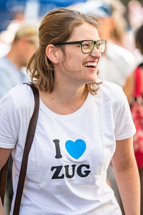 Patrizia Hofstetter von Zug Tourismus freut sich sichtlich.