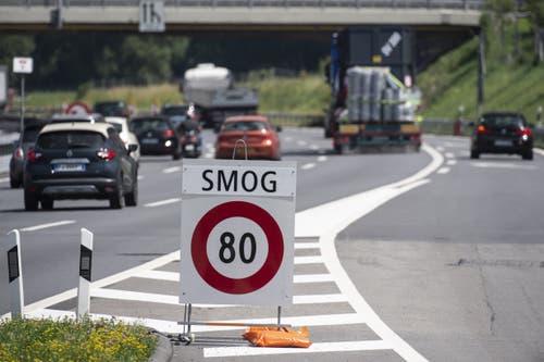 Im Kanton Tessin darf auf der Autobahn A2 nur noch 80 km/h gefahren werden. (Bild: Francesca Agosta / Keystone)