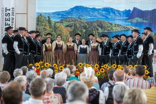 Auftritt des Jodlerklub Heimelig aus Baar. (Bild: Dominik Wunderli, Horw, 29. Juni 2019)