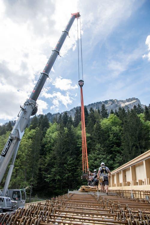 Beim Neubau wurde ausschliesslich regionales Holz verwendet. (Bild: Nadia Schärli, 3. Juni 2019)