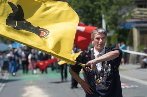 Impressionen vom Festumzug - der Trägerverein des Jodlerfests 2021 in Andermatt. (Bild: Boris Bürgisser)