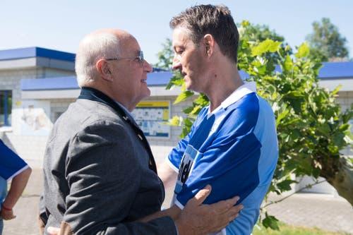 Walter Stierli (links) war schon 1989 im FCL-Vorstand, darum kennt er Meisterspieler Peter Nadig bestens. (Bild: Eveline Beerkircher-Bachmann (Sempach, 8. Juni 2019))