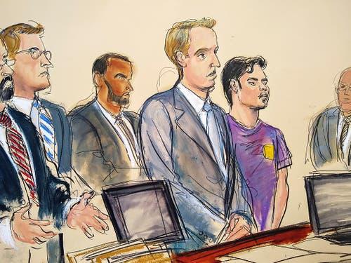 Der Terrorverdächtige (lila Shirt) bei einer Anhörung vor einem Bundesgericht in New York. (Gerichtszeichnung) (Bild: KEYSTONE/FRE142054 AP/ELIZABETH WILLIAMS)