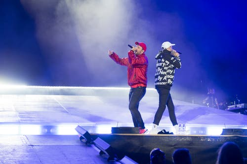 Marteria und Casper bei ihrem Auftritt auf der South Stage. (Bild: Andrea Stalder)