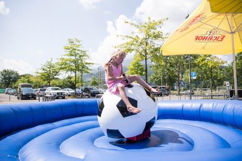 Impressionen der FCL-Saisoneröffnung beim Fussball Rodeo vor der Swissporarena. . (Bild: Manuela Jans-Koch, Luzern, 14. Juli 2019)