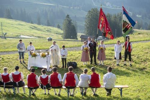 Der Fest-Gottesdienst. (Bild: Urs Flüeler/Keystone, Rigi, 14. Juni 2019)