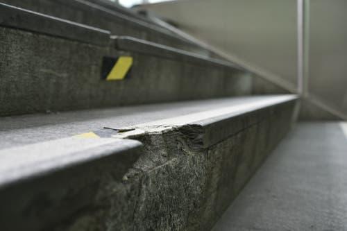 Die beschädigten Stufen werden repariert. (Bild: PD)