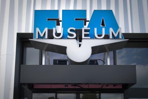 Letzte Vorbereitungen vor der Eröffnung des FFA-Museums in Altenrhein. (Bild: Benjamin Manser)