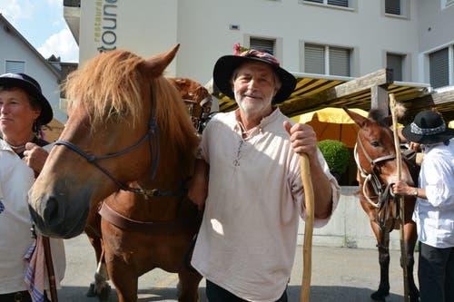 Reto Dürst aus Davos, Pferdeverantwortlicher des Säumertreks (Bild: Christian Tschümperlin, Andermatt, 17. Juli 2019)
