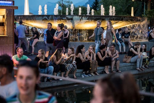 Impressionen vom Eröffnungsabend des Blue-Balls-Festivals. (Bild: Nadia Schärli, Luzern, 19. Juli 2019)