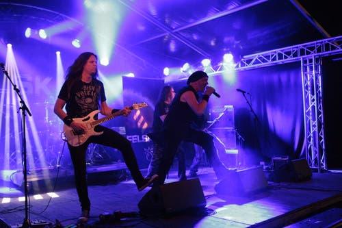 Die Band Felskinn brachte viel Power auf die Bühne. (Bild: Florian Arnold, 20. Juli 2019)