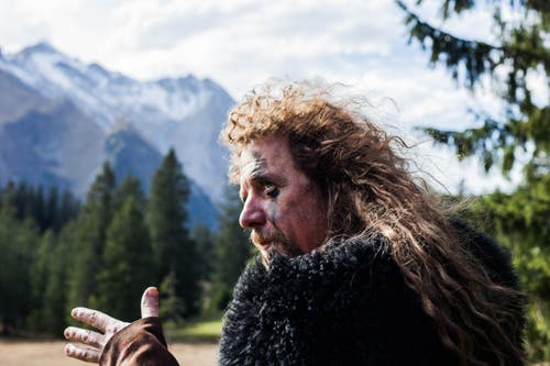 Von Herbst 2018 bis im Juli 2019 liefen die Dreharbeiten für den neusten Film des Obwaldners Luke Gasser. (Bild:pd)