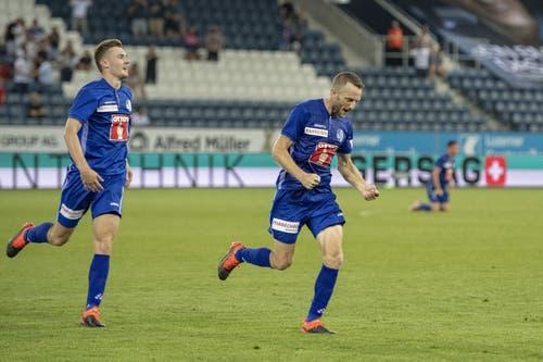 Torschütze Christian Schneuwly bejubelt seinen erlösenden 1:0-Treffer. (Bild: KEYSTONE/Urs Flueeler)