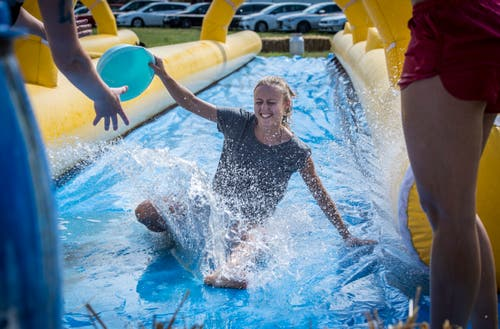 Spass im und rund ums Wasser am Güttinger Wave Festival. (Bilder: Reto Martin)