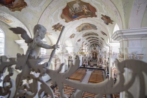 Die neu renovierte Klosterkirche. (Bild: Keystone/Urs Flüeler, Engelberg, 17. Juli 2019)