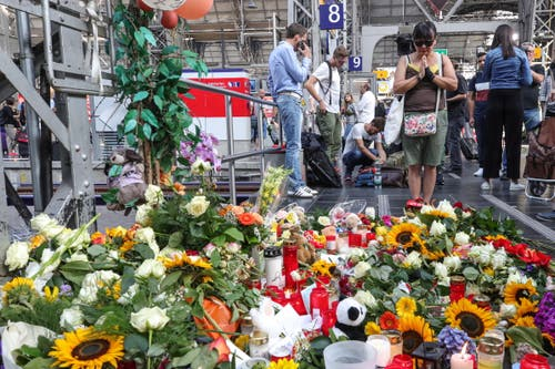 Es folgen weitere Bilder aus dem Frankfurter Hauptbahnhof. (Bild: ARMANDO BABANI)