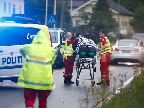 Die Polizei wertet den Angriff auf eine Moschee in Oslo, bei dem ein Gläubiger verletzt wurde, als versuchten Terroranschlag. (Bild: KEYSTONE/EPA NTB SCANPIX/TERJE PEDERSEN)