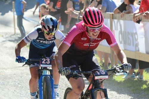 Linda Indergand gab im Short-Track-Rennen ihr Comeback nach einer Verletzungspause. (Bild: Roland Jauch, Lenzerheide, 9. August 2019)
