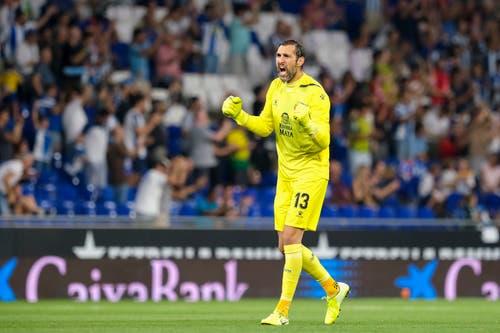 Der Torhüter Diego Lopez von Espanyol jubelt nach dem Tor zum 1:0. Bild: Freshfocus / Martin Meienberger (Barcelona, 15. August 2019)