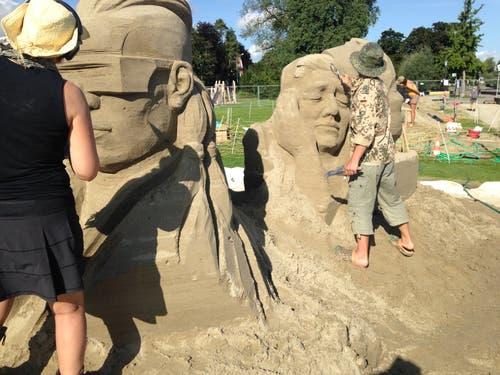 «Nichts sehen, nichts hören, nichts sagen» soll die Skulptur von Helena Bangert (Holland) und Roman Shurubkin (Ukraine).