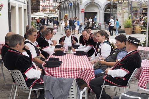Auch das ist das St.Galler Fest: Urchig am Rand des Gallusplatzes. (Bild: Hanspeter Schiess - 17. August 2019)