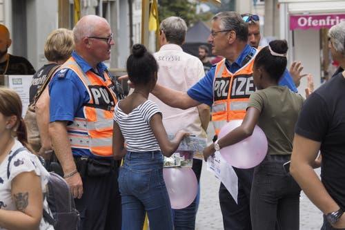 Für die Stadtpolizei bedeutet das St.Galler Fest wie üblich viel Arbeit. Polizistinnen und Polizisten sind im Festareal präsent. (Bild: Hanspeter Schiess - 17. August 2019)