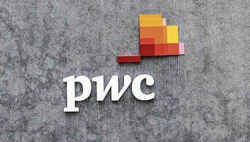 Die sogenannten «Big Four» der globalen Wirtschaftsprüfung: EY, PWC, KPMG und Deloitte. (Bilder: Getty)