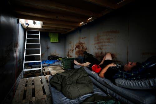 Schlafen mit wenig Komfort, dafür mit noch mehr Abenteuer ist angesagt. (Bild: Stefan Kaiser)