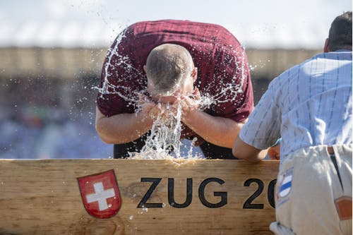 Christian Stucki am Brunnen im 4. Gang. (Bild: KEYSTONE/Urs Flüeler, Zug, 24. August 2019)