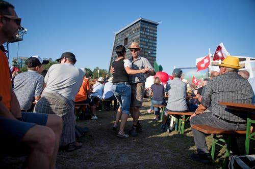 Festlaune beim Stierenmarkt. (Bild: Corinne Glanzmann, Zug, 24. August 2019)