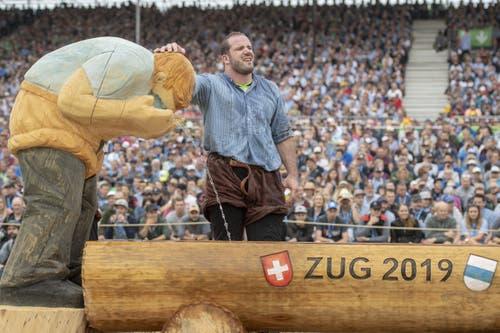 Rene Suppiger im 1. Gang am Eidgenössischen Schwing- und Älplerfest in Zug. (Bild: KEYSTONE/Urs Flüeler, 24. August 2019)