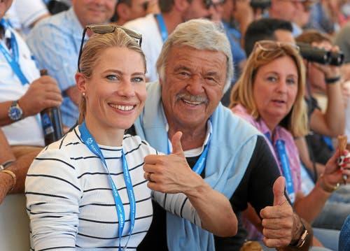 Prominenz vor Ort: Schwingerin Sonia Kälin und Hausi Leutenegger, ehemaliger Bobfahrer. (Bild: swiss-image.ch/Photo Andy Mettler, Zug, 24. August 2019)