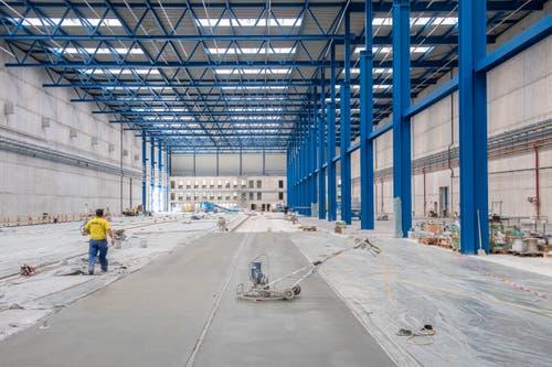 Im September wird die erste Halle bezogen. (Bild: Urs Bucher)