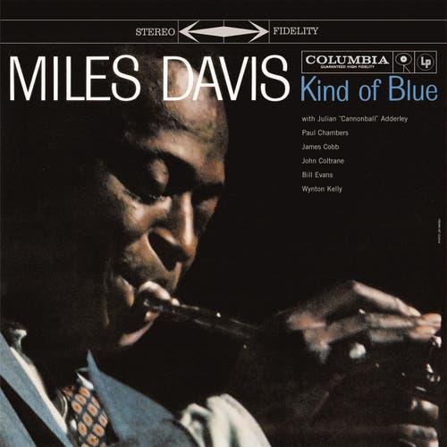 Vor 60 Jahren: Kind Of Blue «Kind of Blue» gilt als das Album des modalen Jazz, der den Solisten Miles Davis, John Coltrane, Cannonball Adderley und Bill Evans neue Möglichkeiten eröffnete. Mit 6 Millionen Einheiten weltweit ist das Album das meistverkaufte in der Geschichte des Jazz.