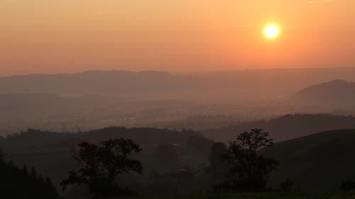 Der Sonnenaufgang aus Sicht vom Bodenberg. (Bild: Irene Wanner, Zell, 31. August 2019)