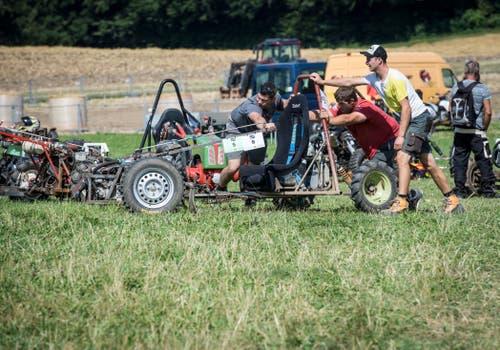 Salen-Reutenen TG - Am Einachserrennen Serrücken in Salen-Reutenen wird viel Action geboten.