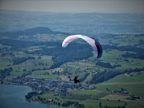 Mut steht immer am Anfang des Handelns, Glück am Ende. (Bild: Margrith Imhof-Röthlin, Seebodenalp, 4. August 2019)
