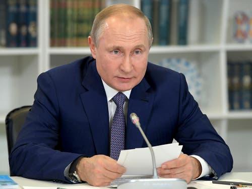 Seine Amtszeit läuft 2024 ab: Wer nach Wladimir Putin kommt, ist nicht absehbar. (Bild: KEYSTONE/AP Pool Sputnik Kremlin/ALEXEI DRUZHININ)