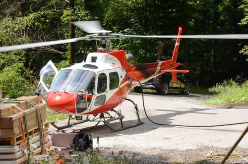 Der Helikopter hat Durst.