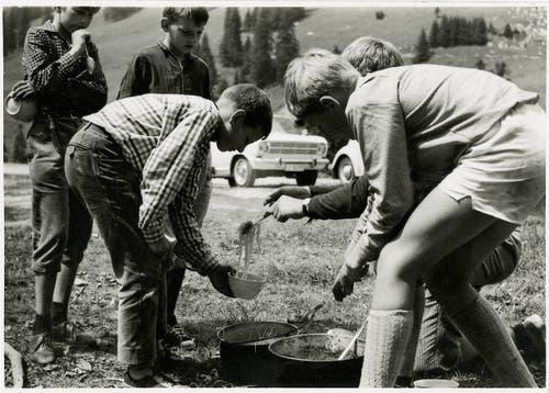 ... und Ferienlager für Kinder durchgeführt (hier ebenfalls 1968 in Sörenberg).