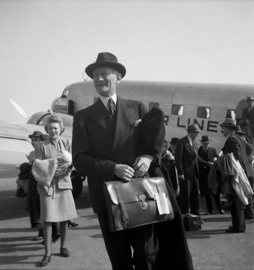 Walter Stucki (1888–1963) Diplomat, verhandelte das Washingtoner Abkommen nach dem 2. WK. Bild: ETH-Bibliothek Zürich, Bildarchiv