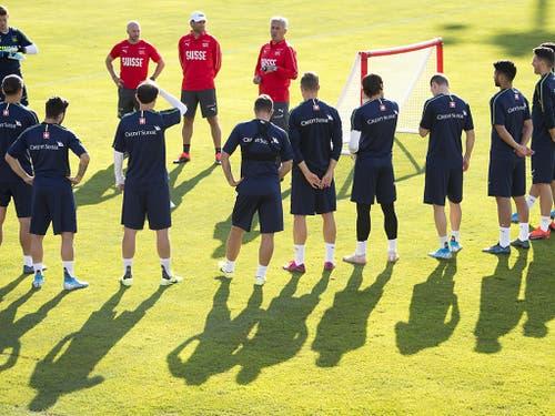 Der Zusammenhalt des Schweizer Nationalteams wurde zuletzt des Öfteren thematisiert (Bild: KEYSTONE/LAURENT GILLIERON)