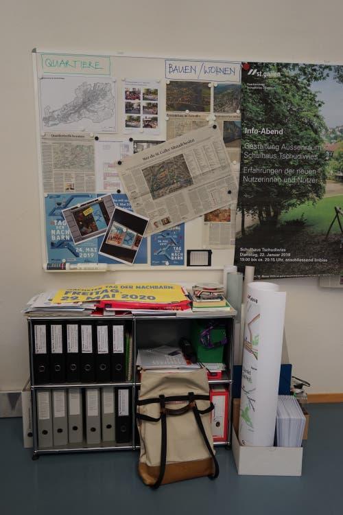 Blick ins Büro von Peter Bischof, dem Quartierbeauftragten der Stadt St.Gallen.