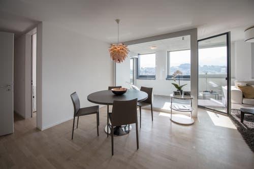 Blick in eine Musterwohnung im Hochhaus. (Bild: Pius Amrein, Kriens 10. September 2019)