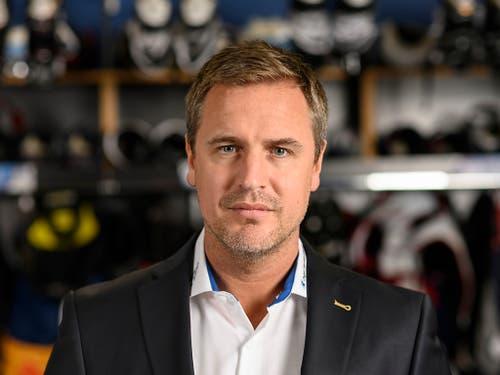 Der Norweger Dan Tangnes, der Headcoach des EV Zug, soll die Zentralschweizer zum Meistertitel führen (Bild: KEYSTONE/CHRISTIAN BEUTLER)