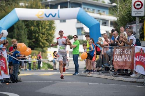 Adrian Brennwald von den Salomon Suunto. (Bild: Eveline Beerkircher, Littau, 14. September 2019)