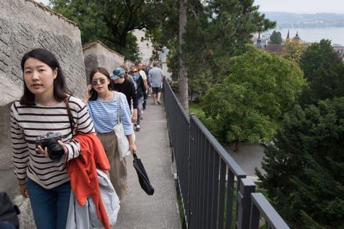 Der Anlass war gut besucht, auch Touristinnen liessen es sich nicht nehmen, die Türme zu erklimmen. (Bild: Eveline Beerkircher, Luzern, 14. September 2019)